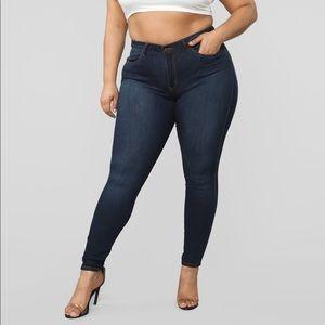 Fashion Nova Mid Rise Skinny Jeans NWT Size 1X
